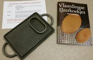IJzerkoekjes bakplaat met stekertje, recept, boekje Vlaardingse IJzerkoekjes en vrij van verzendkosten.,